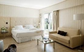 Oferta Viaje Hotel Escapada Barcelo Sevilla Renacimiento + Entradas Isla Mágica 1 día