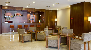 Oferta Viaje Hotel Escapada Nh Urbe De Valencia + Entradas Oceanografic