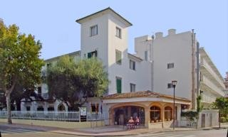 Oferta Viaje Hotel Escapada Alcudia + Perfeccionamiento de windsurf Mallorca  dos hora / día