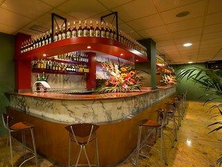 Oferta Viaje Hotel Escapada Aparthotel Playas de Liencres + Entradas 1 día Parque de Cabárceno