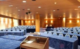 Oferta Viaje Hotel Escapada Arrecife Gran Hotel & Spa + Surf en Famara  cinco hora / día