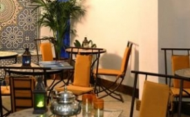Oferta Viaje Hotel Escapada Alcoba del Rey de Sevilla + Entradas Isla Mágica + Aqua Mágica 1 día