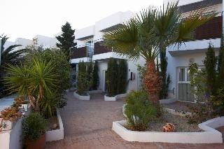 Oferta Viaje Hotel Escapada MC San Jose + Entradas a Parque Oasys Mini Hollywood