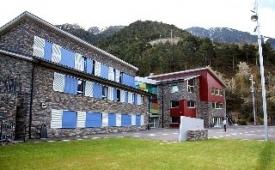Oferta Viaje Hotel Escapada Alberg La Comella + Entradas General tres Horas - Caldea