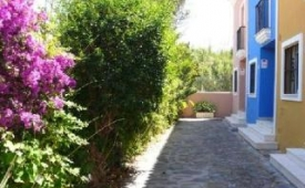 Oferta Viaje Hotel Escapada casas BELEN BEACH II + Entradas Paquete Selwo (SelwoAventura, Teleférico, Selwo Marina Delfinarium)