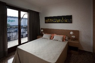 Oferta Viaje Hotel Escapada Pío Xii Apartments Valencia + Entradas Oceanogràfic + Hemisfèric