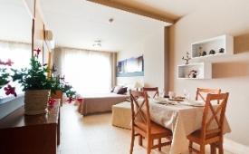 Oferta Viaje Hotel Escapada Aparthotel Autosole + Entradas Paquete Selwo (SelwoAventura, Teleférico, Selwo Marina Delfinarium)