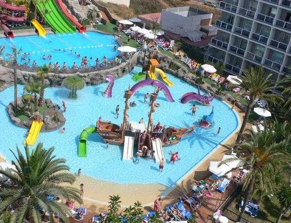 Oferta Viaje Hotel Escapada Los Patos Park + Entradas General Selwo Aventura Estepona