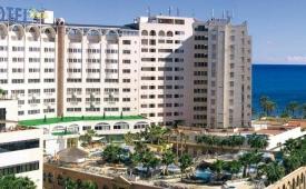Oferta Viaje Hotel Escapada Hotel Marina Dor tres + Ocio Todo Incluido: Balneario + Parques tematicos