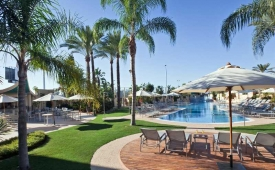 Oferta Viaje Hotel Escapada Barcelo Estepona Thalasso Spa + Entradas General Selwo Marina Delfinarium Benalmádena