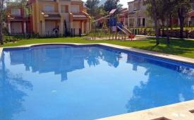 Oferta Viaje Hotel Escapada Villas Verdi + Entradas Circo del Sol Amaluna - Nivel dos