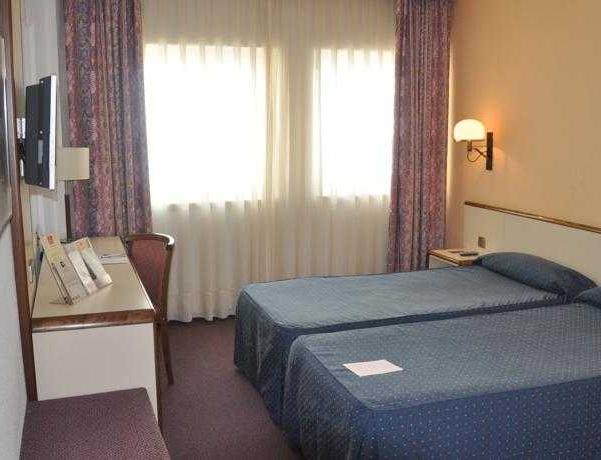 Oferta Viaje Hotel Escapada Andorra Palace + Entrada Única Naturlandia + P. Animales