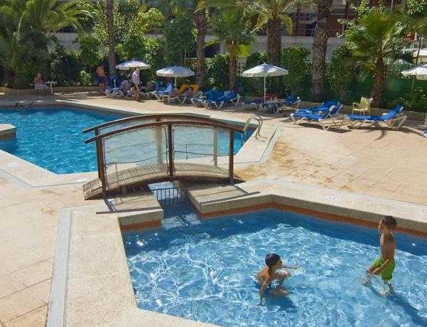 Oferta Viaje Hotel Escapada Hotel Servigroup Castilla + Entradas Terra Mítica 1 día+ Entradas Planeta Mar 1 día