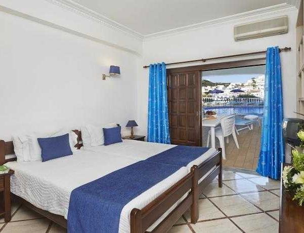 Oferta Viaje Hotel Escapada Cheerfulway Bertolina Mansion-House + Entradas Zoomarine Parque temático dos días