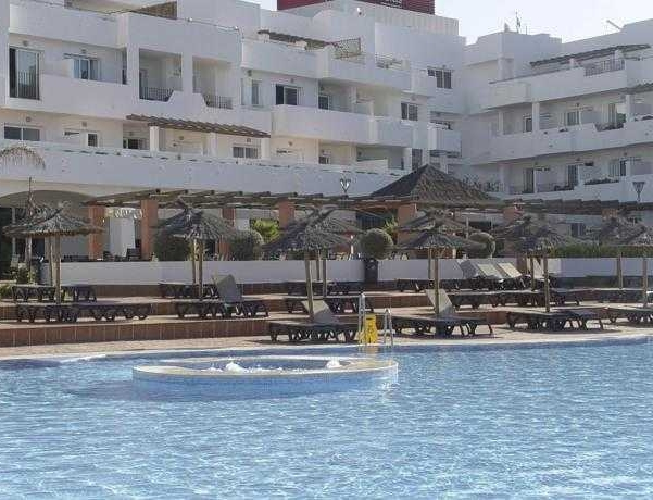 Oferta Viaje Hotel Escapada Ohtels Cabo Gata + Entradas a Parque Oasys Mini Hollywood