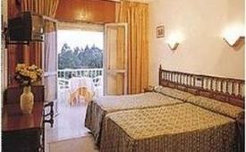 Oferta Viaje Hotel Escapada Nuevo Vichona + Surf La Lanzada  dos hora / día