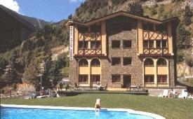 Oferta Viaje Hotel Escapada Xalet Verdu + Puenting 1 salto