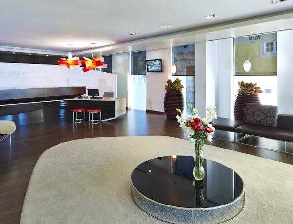 Oferta Viaje Hotel Escapada Hotel Faro + Kitesurf Fuseta  tres hora / día