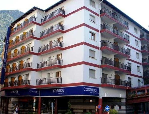 Oferta Viaje Hotel Escapada Universo Hotel + Circuito Vertical Azul