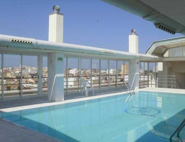 Oferta Viaje Hotel Hotel Bartos + Entradas Oceanografic