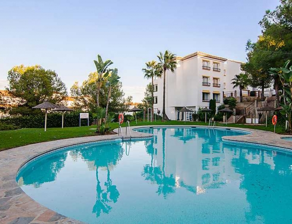 Oferta Viaje Hotel Escapada Rancho Miraflores + Entradas General Selwo Marina Delfinarium Benalmádena