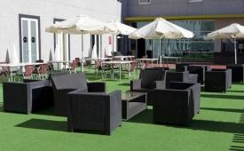 Oferta Viaje Hotel Escapada Vertice Aljarafe + Entradas Isla Mágica 1 día