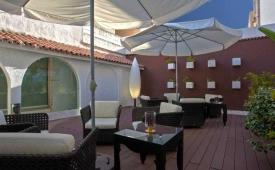 Oferta Viaje Hotel Escapada Vita Virgen de los Reyes + Entradas Isla Mágica 1 día