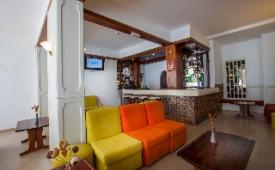 Oferta Viaje Hotel Atismar + Entradas Zoomarine Parque temático 1 día