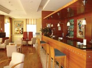 Oferta Viaje Hotel Nh Sevilla Viapol + Entradas Isla Mágica + Aqua Mágica 1 día