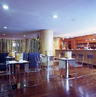Oferta Viaje Hotel Escapada Catalonia Park Putxet + Entradas al Museo del Camp Nou