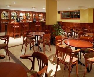 Oferta Viaje Hotel Escapada Parque de la Paz + Entradas Papagayo Parque 1 día