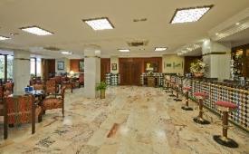 Oferta Viaje Hotel Escapada Alixares + Visita Alhambra y Granada con audioguía 48h