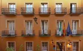 Oferta Viaje Hotel Escapada Best Western Cervantes + Entradas Isla Mágica + Aqua Mágica 1 día