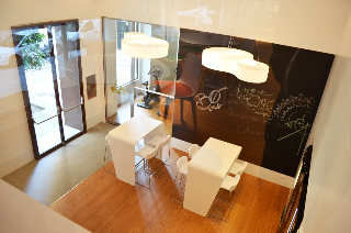 Oferta Viaje Hotel Escapada Macia Gran Vía + Visita Alhambra y Granada con audioguía 48h