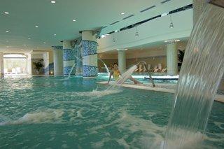 Oferta Viaje Hotel Escapada Gran Hotel Atlantis Bahia Real + Surf Corralejo  cuatro hora / día