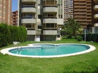 Oferta Viaje Hotel Escapada Torre Girona + Entradas Terra Mítica dos días