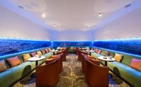 Oferta Viaje Hotel Escapada Tryp Barna Aeropuerto + Entradas General Illa Fantasía