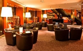 Oferta Viaje Hotel AC Hotel Gran Canaria by Marriott + Surf en Las Palmas  2 hora / dia