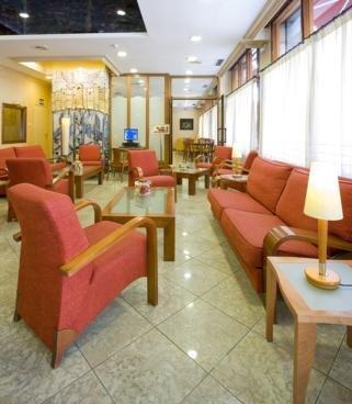Oferta Viaje Hotel Escapada Dauro Granada + Forfait  Sierra Nevada