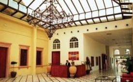 Oferta Viaje Hotel Escapada kross Palmera Plaza + Visita Bodegas González Byass Tío Pepe