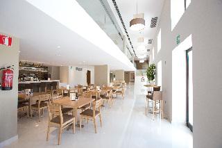 Oferta Viaje Hotel M.A. Sevilla Congresos + Entradas Isla Mágica + Aqua Mágica 1 día