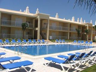Oferta Viaje Hotel Escapada Jardins Vale de Vid + Entradas Aquashow Park