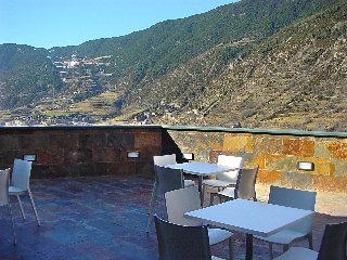 Oferta Viaje Hotel Escapada Shusski + Entradas Circo del Sol Scalada + Inuu