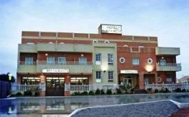 Oferta Viaje Hotel Blanca Brisa Cabo de Gata + Entradas a Parque Oasys Mini Hollywood