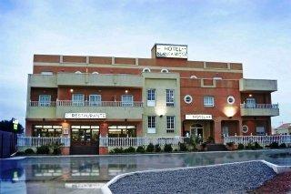 Oferta Viaje Hotel Escapada Blanca Brisa Cabo de Gata + Entradas a Parque Oasys Mini Hollywood