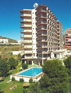 Oferta Viaje Hotel Escapada Velazquez Hotel + Entradas General Selwo Marina Delfinarium Benalmádena