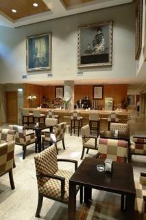 Oferta Viaje Hotel Escapada Rafael Hoteles Ventas + Entradas dos días sucesivos Warner con 1 día Warner Beach
