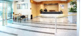 Oferta Viaje Hotel Escapada Parquesur + Entradas 1 día Zoo la capital española