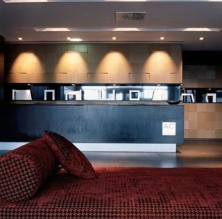 Oferta Viaje Hotel Escapada AC Hotel Gijon by Marriott + Descenso del Sella + Descenso de Acantilado