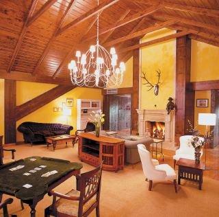 Oferta Viaje Hotel Milagros Golf + Entradas 1 día Parque de Cabárceno